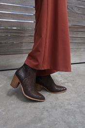 Korte Laarzen van het merk Garde-robe in het Donker bruin