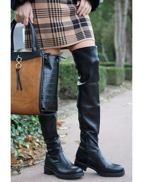 Lange Laarzen van het merk Garde-robe in het Zwart