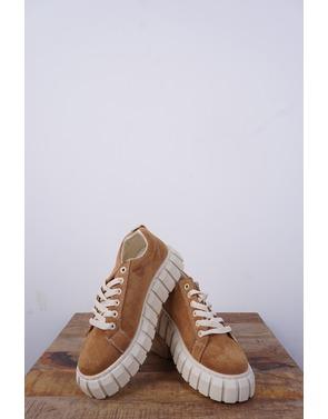 Garde-robe - Sneakers - Camel