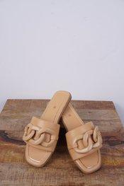 Garde-robe - Sandalen - Camel