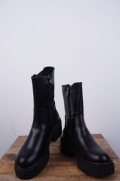 Garde-robe - Korte Laarzen - Zwart
