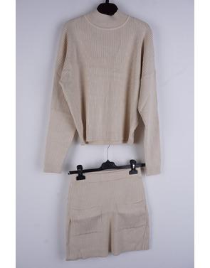 Garde-robe - Two Piece - Beige