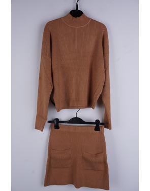 Garde-robe - Two Piece - Camel
